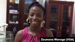 Natalie Zongo, employée à Air Burkina, à Ouagadougou, le 26 mai 2017. (VOA/Zoumana Wonogo)