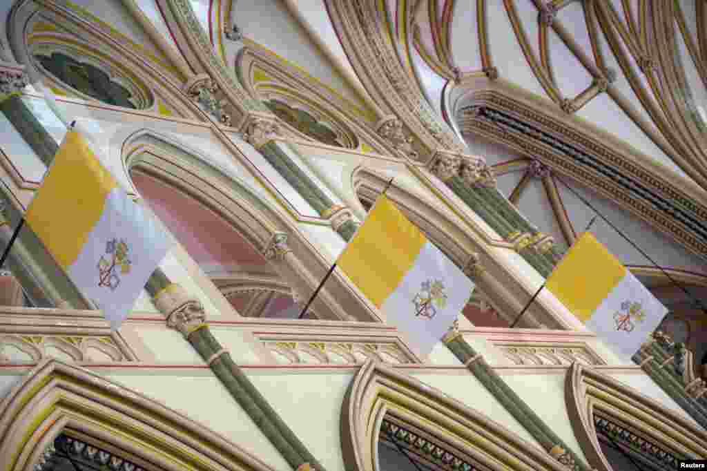 Filadelfiya katoliklari Rim papasini kutmoqda