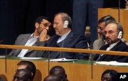 احمدی نژاد در هشت سال، نه بار برای سخنرانی در سازمان ملل به آمریکا سفر کرد.