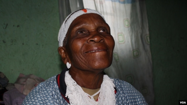 Nozolile Zintoyinto has been a sangoma, or traditional healer, at Bulungula for six decades (VOA/Taylor)