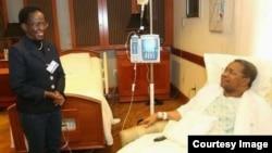 Rais Jakaya Kikwete atembelewa na Balozi Mulamula hospitalini