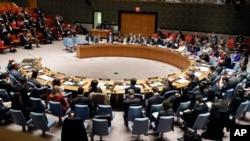 유엔 안전보장이사회가 22일 회의를 열고 북한인권 문제를 정식 안건으로 채택했다.