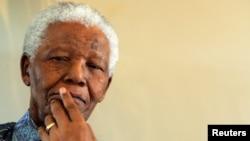 南非前总统曼德拉 (资料图片)