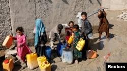 Izbjeglice u kampu u Kabulu. (Foto: Rojters/Mohammad Ismail)