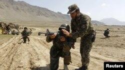 افغان حکومت په پام کې لري چې د خپلو ځانګړو ځواکونو شمیر په راتلونکو کلونو کې دوه چنده زیات کړي.