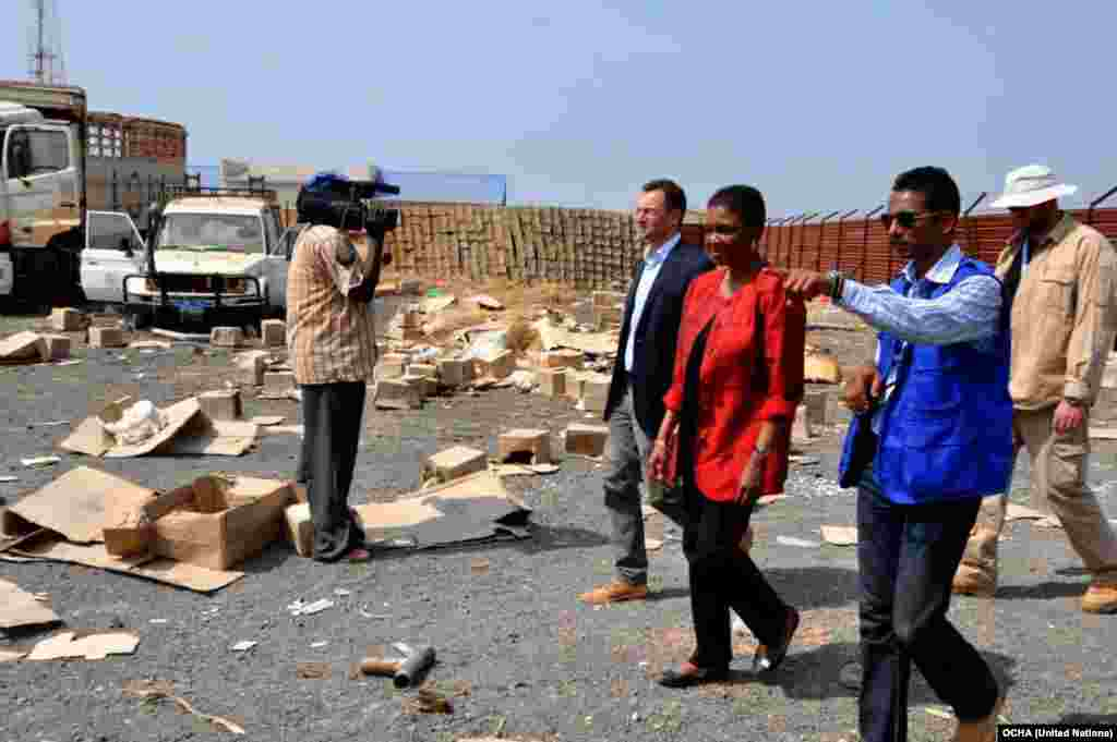 U.N. Under-Secretary-General for Humanitarian Affairs Valerie Amos tours the compound of an aid agency in Malakal that was looted in recent fighting in the South Sudan town.