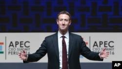 Mark Zuckerberg, kepala dan CEO Facebook, berbicara di KTT CEO pada forum APEC di Lima, Peru, November 2016. (AP/Esteban Felix)