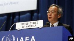 U.S. Energy Secretary Steven Chu delivers a speech at the general conference of the IAEA, at the International Center in Vienna, Austria, Monday, Sept. 19, 2011. (AP Photo/Ronald Zak)