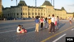 中国游客和莫斯科红场。