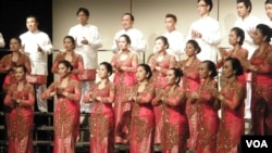 Penampilan Batavia Madrigal Singers memukau di Washington,DC (16/5).