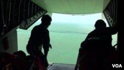 Acompañamiento de la Voz de América a la misión de la Guardia Costera de EE.UU. El grupo, conformado por diez hombres y tres mujeres, salió de Cuba el pasado domingo 4 de diciembre. (Foto Cristina Osorio)