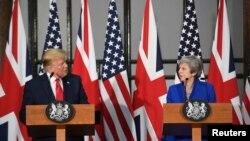 El presidente Donald Trump y la primera ministra británica, Theresa May, ofrecieron el martes 4 de junio una conferencia de prensa conjunto en Londres.