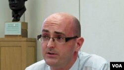 Andy Sumner, pakar masalah pengentasan kemiskinan Universitas Sussex, Inggris, mengevaluasi keberhasilan MDG.
