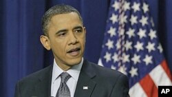 صدراوباما وائٹ ہاؤس میں اخباری کانفرنس سے خطاب کرتے ہوئے