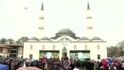 2016-04-03 美國之音視頻新聞: 土耳其總統認為美國競選充斥伊斯蘭恐懼症