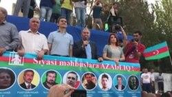 Milli Şuranın sədri Cəmil Həsənli mitinqdə çıxış edir