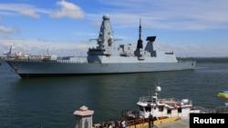 "Britaniyaning ""Destroyer"" esminetsi Odessa portida"
