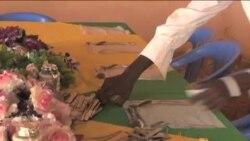 看天下: 索马里人珍惜和平重建家园