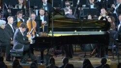 Гергиев и Мацуев в Вашингтоне: вечер классики и протестов