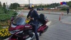 AK Parti Milletvekili Kenan Sofuoğlu motosikletiyle Meclis binasına geldi