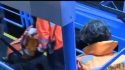 2012-10-02 美國之音視頻新聞: 香港十一慶典夜撞船事件38人喪生