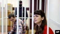 Артем Сорокин и Катерина Борисевич во время судебного заседания