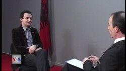Intervistë me z. Albin Kurti