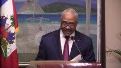 Ayiti: Premye Minis Jack Guy Lafontant Enstale yon Nouvo Konsèy pou Militè Demobilize yo