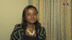 Kiongozi wa Vijana Afrika, Francine Mulumba akiongea na VOA