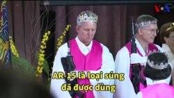 Mỹ: Ban phước bằng … súng
