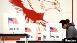 威斯康辛麥迪遜的一個選舉票站。(資料圖片)