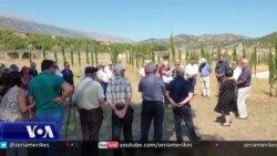 Ceremoni nderimi në ish-kampin e internimit në Tepelenë