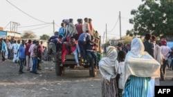 埃塞俄比亚提格雷地区的大批民众逃亡邻国苏丹(2020年11月13日)