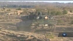 Як на кордонах ЄС брязкають зброєю, аби унеможливити агресію з боку Росії. Відео