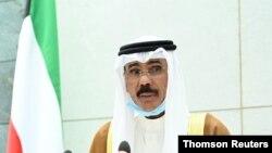 El nuevo emir de Kuwait, el jeque Nawaf al-Ahmad al-Sabah, juramenta al cargo, el miércoles 30 de septiembre de 2020.