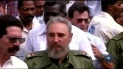 Громада кубинських вигнанців у Маленькій Гавані, Флорида, святкує смерть Фіделя Кастро. Відео