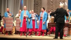 Jingle Bells українською та англійською у виконанні солістів Національної капели бандуристів України. Відео