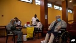 نروژ میگوید واکسن کووید-۱۹ ممکن است برای افراد بسیار مسن بیمار خطرناک باشد