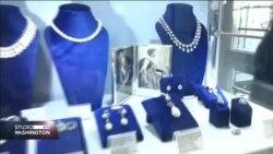 Prije prodaje izloženi dijamanti posljednje francuske kraljice