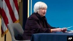 ARCHIVO - La secretaria del Tesoro, Janet Yellen, habla durante una mesa redonda virtual con participantes de las Cámaras de Comercio Negras de todo el país para discutir el Plan de Rescate Estadounidense, este 5 de febrero de 2021.