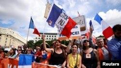 Une manifestation contre le pass sanitaire en France, le 31 juillet 2021.
