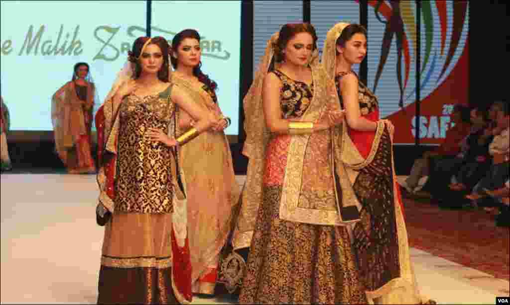 کراچی: پاکستان کی مشہور ڈیزائنر شایان ملک کی برائیڈل کلیکشن