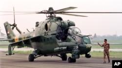 قوای هوایی افغان هنوز هم از هیلیکوپترهای روسی کار میگیرد