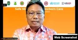 Ketua Komite Nasional Keselamatan Pasien, Bambang Tetuko (VOA/Petrus Riski).