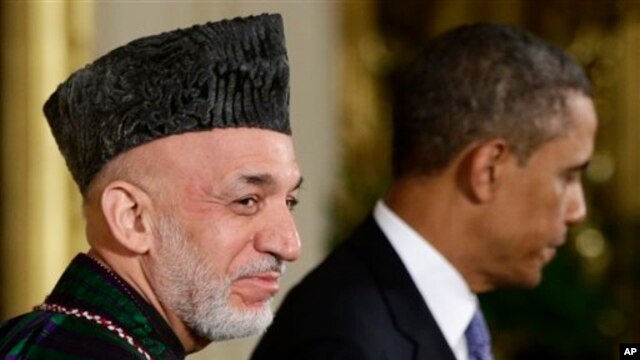 Президент Афганистана Хамид Карзай с президентом США Бараком Обамой