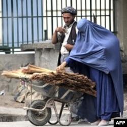 So'rov: Afg'on xalqi Tolibondan aynib, hukumatga ishona boshlagan