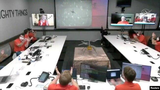 Nhân viên JPL ở nam California.