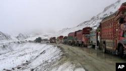 پاک افغان ٹرانزٹ ٹریڈ معاہدے پر عمل درآمد چار ماہ کے لیے موخر