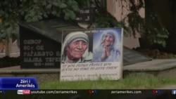 Shkupi heq shenjat për shtëpinë e lindjes së Nënë Terezës