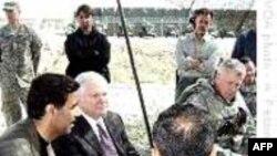 Birləşmiş Ştatların müdafiə naziri Robert Geyts Əfqanıstanda hərbi nümayəndələrlə görüşüb